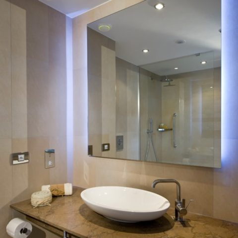 Bathroom pod for 4 Star Hotel in U.K.