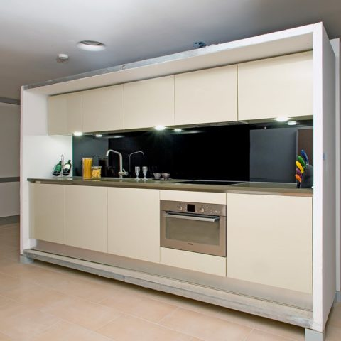 High-level apartment prefabricated straight–line kitchen version 1