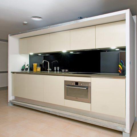 High-level apartment prefabricated straight–line kitchen version 1