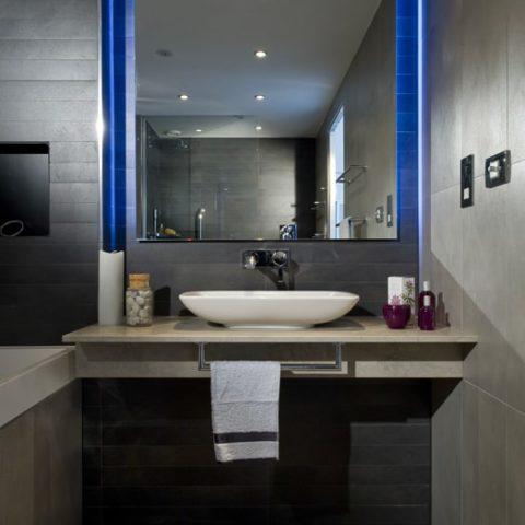 Suite prefabricated bathroom pod for 4 Star Hotel in U.K.
